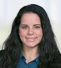 Melissa Petrina headshot